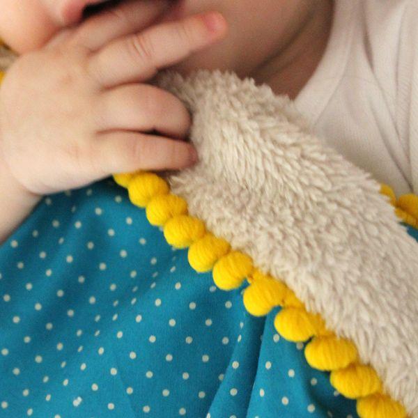 couverture bébé pois nanana 600