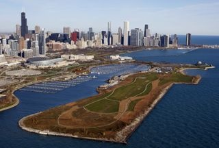 A part of the Planetarium Museum campus, Northerly Island has been reformed into a parkland. Park-goers can enjoy strolling paths, casual play areas and concerts at the facility.