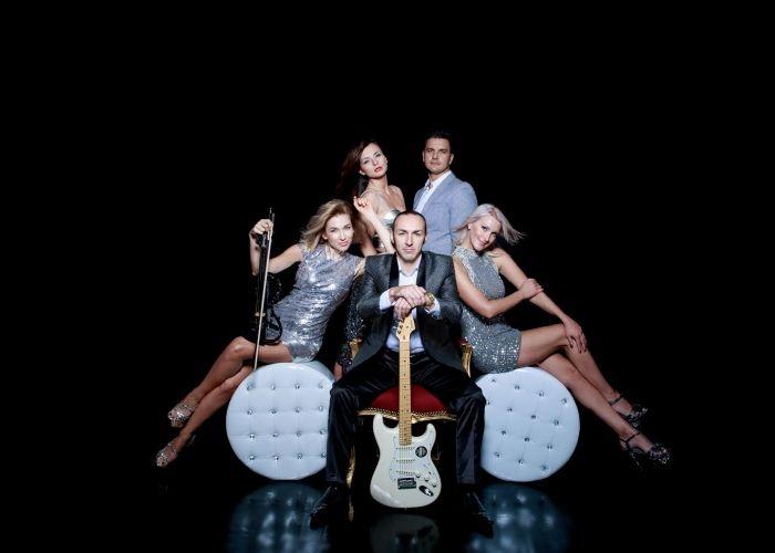 Showband Adrenalin-Premium Musik für Ihr Event! Professionelle Musiker für den schönsten Tag in ihrem Leben! Musiker aus Augsburg in Bayern