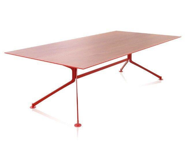 Tavolo da riunione in acciaio e legno SKEL by JOSE MARTINEZ MEDINA