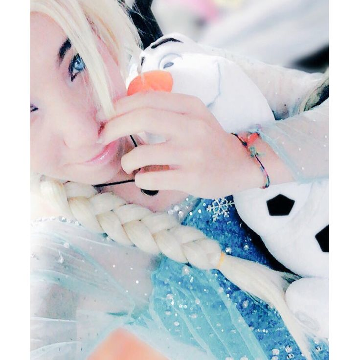 I'm never going back, the last is in the past  ❄️❄️❄️❄️❄️  #spreepicky #elsa #frozen #disney #cosplay