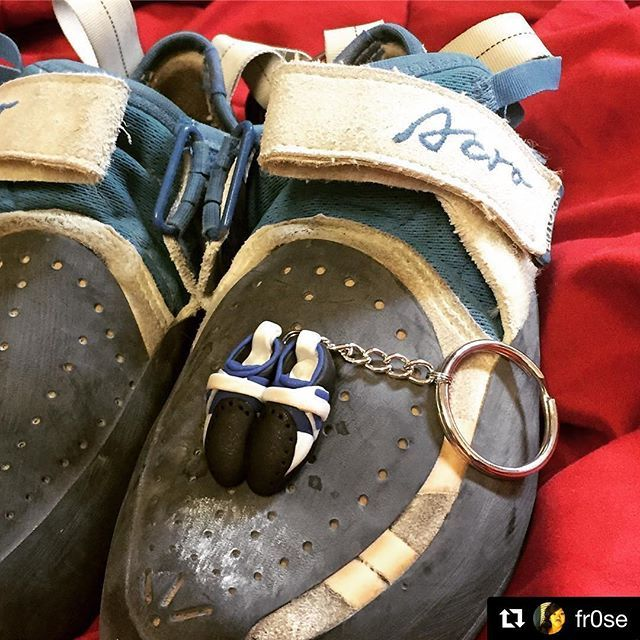 🙌 | #Repost @fr0se  ・・・  Thank you K&K for the CUTEST pair of shoes ever! 😻 @climbbutora @heelhooksclimbing #butora #acro #acros #climbing_pictures_of_instagram #bouldering