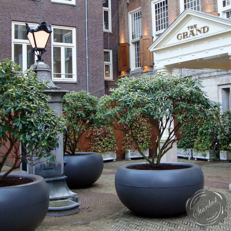 Extra Large Planters for Outside   XXL Commercial Planter ...