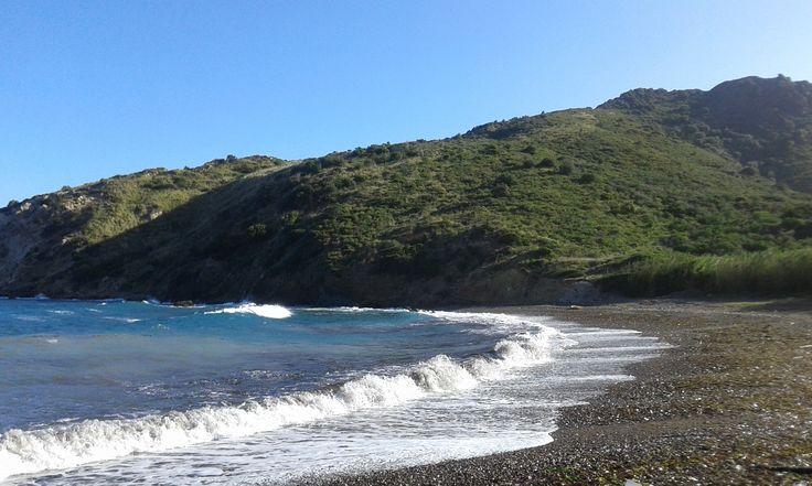 Spiaggia di Nisportino in inverno  Rio nell'Elba