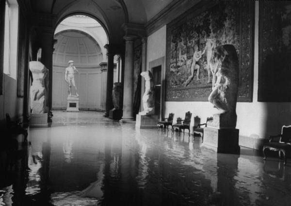 the great flood in florence, 1966