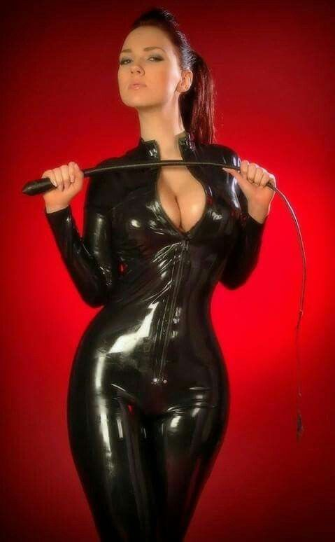 Superior looking mistress ties slave for sexual encounter 7