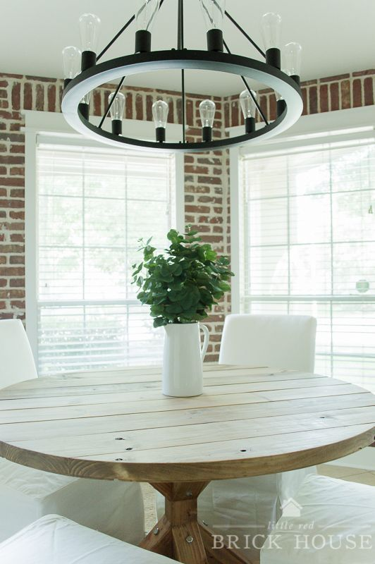 Industrial Farmhouse Dining Room Makeover | LittleRedBrickHouse.com