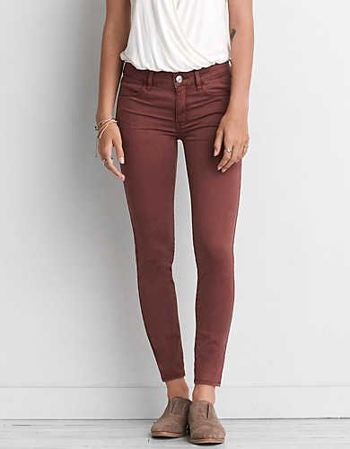 Low twist yarn enhances the natural softness of our Extreme Jegging in AEO Sateen X. Innovative stretch technology won't bag out and adds…