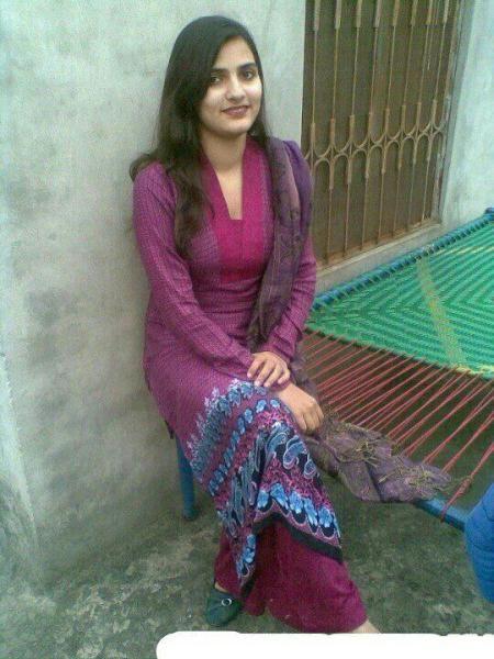 Beautiful Punjabi Girl  Good  Packers, Movers, Packing -6597