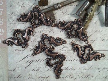 Antique Copper Decorative Keyholes (#HD088-C)– ButterBeeScraps.com