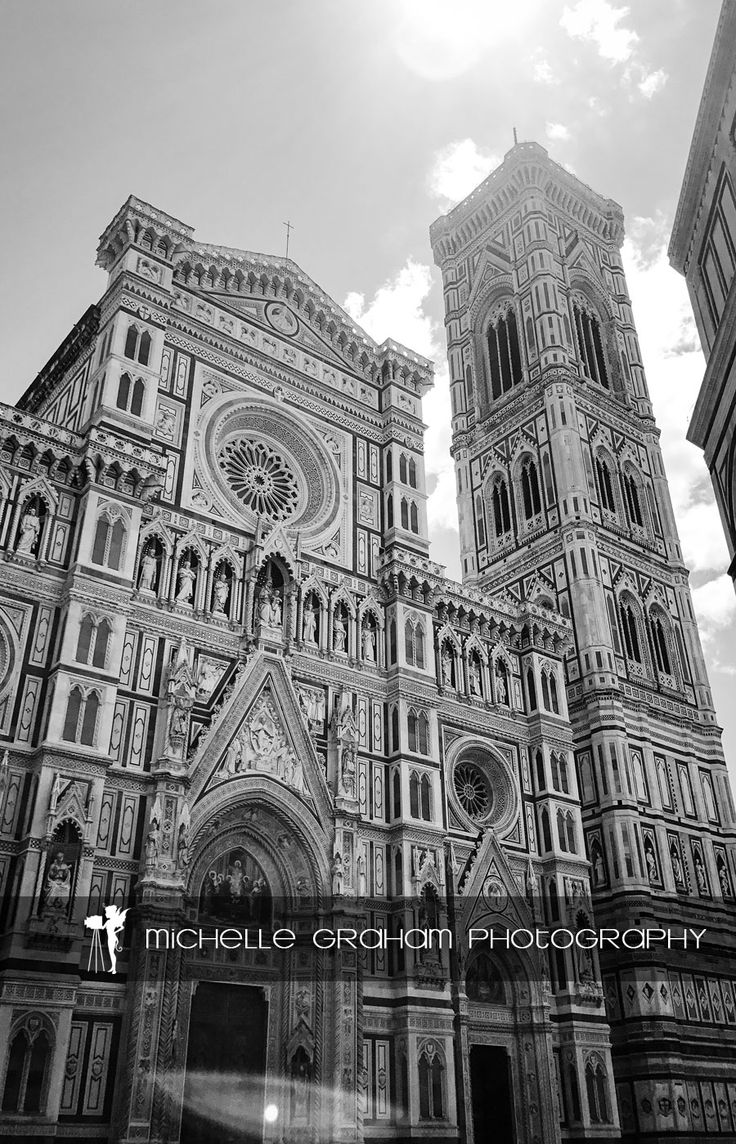 Rays of light -  Duomo, Florence (Cathedral of Santa Maria). #florence #duomo #firenze #italy #italia #architechture #cathedral #santamaria #CattedralediSantaMariadelFiore #duomodifirenze #loveitaly #europe #lovetravel #travel #iphone #iphone7 #iphoneography #wander #wanderlust #adventure #photography #blackandwhite #bwphotography #monochrome #michellegrahm #michellegrahamphotography