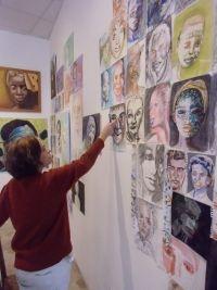 Alla mia mostra tutto a offerta libera. Certamente la cosa più difficile nel fare la pittrice è il mettere un prezzo ai quadri. Avendo la mia espressione un valore più che altro affettivo, e considerando che ogni lavoro che faccio è un pezzo unico che non ha uguali al mondo, per me ha un valore inestimabile. http://ilariaberenice.com/it/blog/alla-mia-mostra-tutto-a-offerta-libera