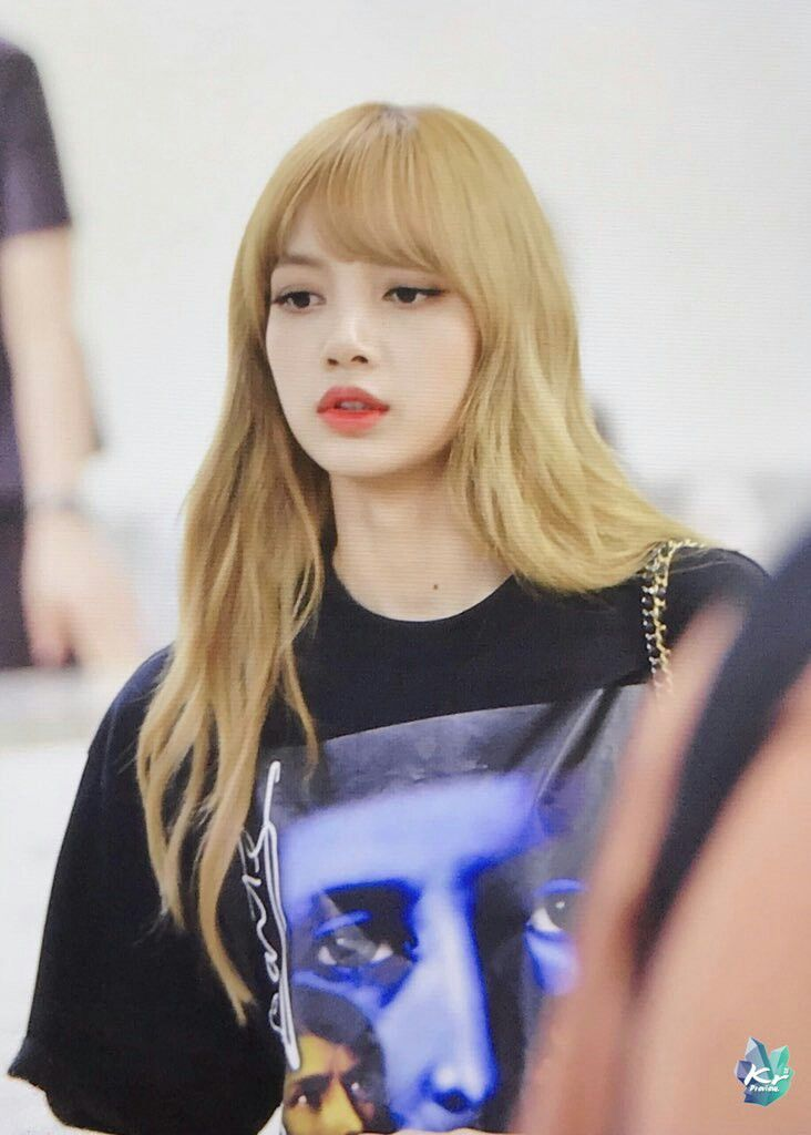 Lisa At Gimpo International Airport Heading To Japan