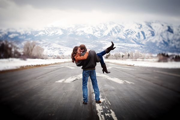 My Love of Small Airplanes   This Adorable Utah Airport Engagement Session - Fab You Bliss