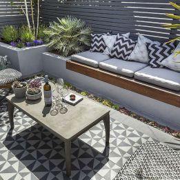Low maintenance small backyard garden ideas (35)