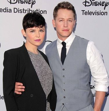"""Ginnifer Goodwin and Josh Dallas (and two-year-old big brother 👣Oliver Finlay Dallas👣) welcome second son: 👣Hugo Wilson👣! How """"Charming""""! (Sorry, couldn't resist.) 👶"""