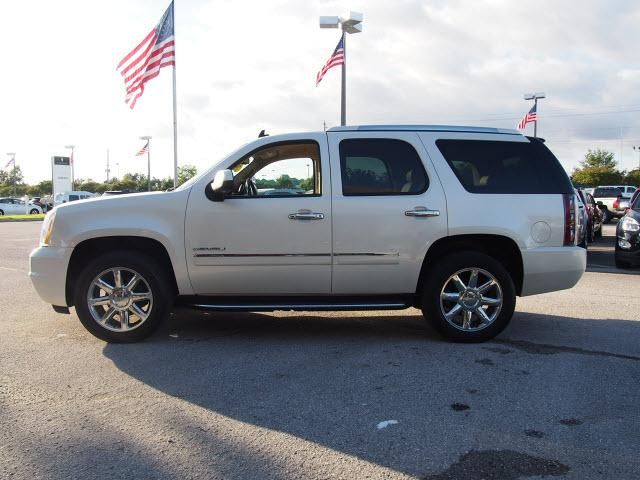 2010 GMC YUKON DENALI for sale at Joe Alcoke Preowned