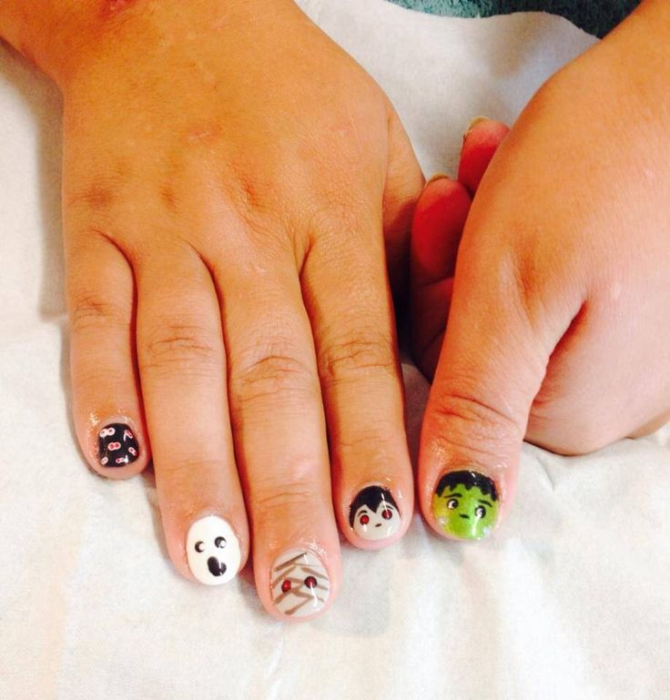 74 best shellac nail art by simply pampered images on pinterest halloween nail art 2013 prinsesfo Choice Image