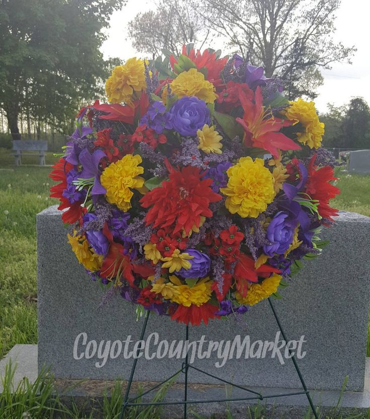 Diy Christmas Grave Decorations: 17 Best Ideas About Cemetery Decorations On Pinterest