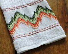 Toalha de mão bordada
