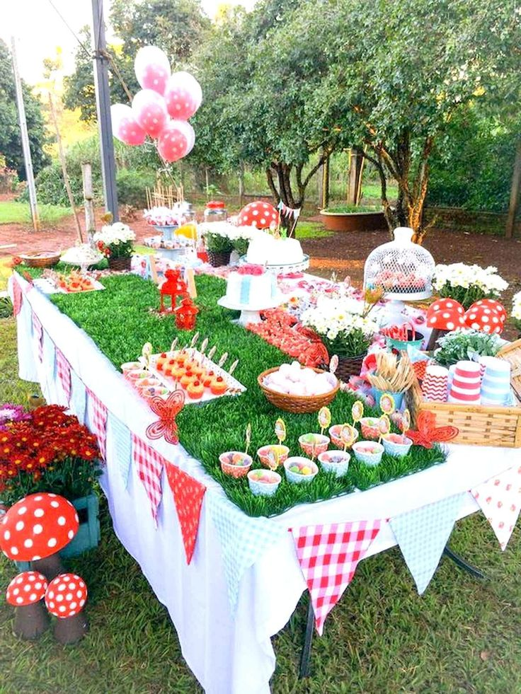 55+ Awesome Outdoor Summer Party Decorations Ideas