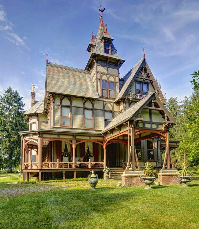 1000 images about victorian homes on pinterest queen - Mansion victoriana ...