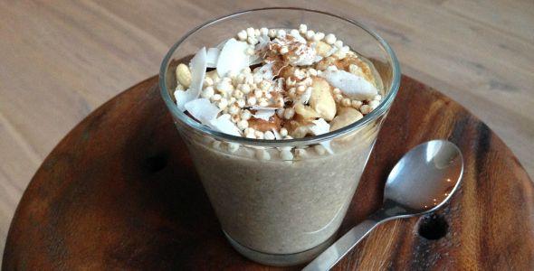 Als gezonde en lekkere variatie op havermout: boekweit ontbijt pap. Boekweit is erg gezond, bevat veel eiwitten en heeft een heerlijke, nootachtige smaak.