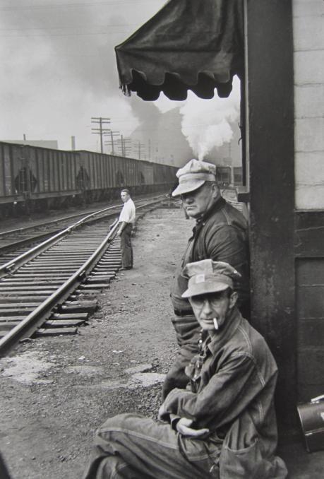 Los trabajadores de la estacíon de tren era dangeroso y tacaño a los niños.