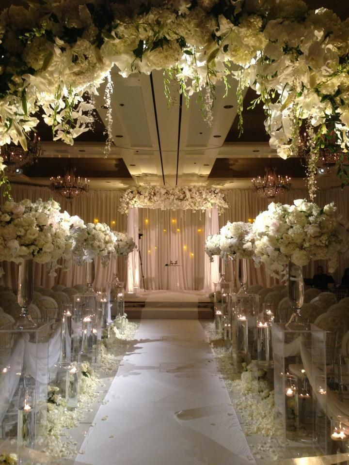 Winter White Wedding Ceremony Beautiful Venues Www Spot Roses Inspiration Weddings Bestw