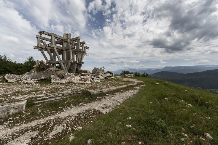 Gallery of Jonk's Photographs Depict the Abandonment and Beauty of Yugoslavian Monuments - 9