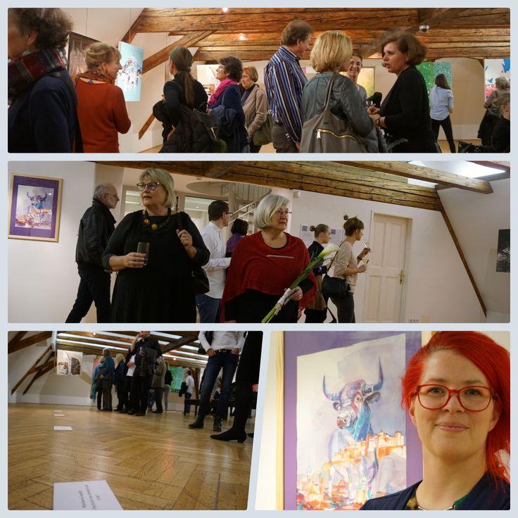 """Doppelte Ausstellungseröffnung in der Berchtoldvilla: Die beiden Ausstellungen """"Budapest trifft Salzburg"""" und """"Salzburg : Visionen – Künstlerinnen in Estland"""" wurde am…"""