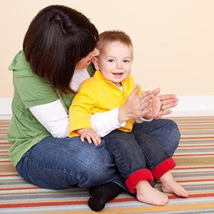 12-18 Months: Activities to Encourage Language Development. Repinned by SOS Inc. Resources pinterest.com/sostherapy/.