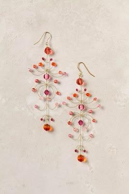 Brincos de galhinhos feitos de arame.: Earrings Anthropology, Anthro Earrings, Jewelry Inspiration, Anthropologie Earrings, Anthropology Earrings, Kestrel Earrings, Swarovski Crystals, Chand Earrings, Anthropologie Com