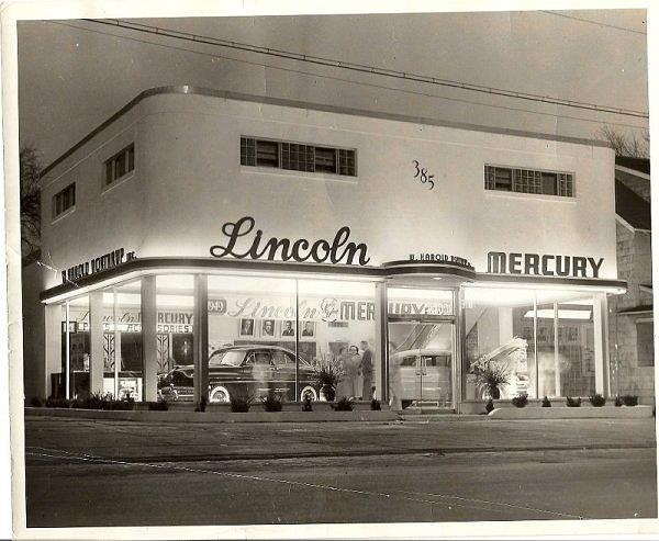1949 Batavia, NY Lincoln-Mercury dealer. Streamline auto dealership.