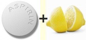 Aspirin und Zitronensaft, um ein Zit zu heilen! 6-12 nicht beschichtetes Aspirin zu Pulver zerstoßen. Mit frisch gepresstem Zitronensaft vermischen. In einer Paste auflösen, dauert 5-10 Minuten. Trage leicht einen Schönheitsfehler auf. Entfernen Sie mit einem Wattebausch, der in eine Lösung aus Natron und Wasser getaucht ist. Aspirin enthält Salicylsäure, eine Beta-Hydroxysäure, die als chemisches Peeling gegen Akne wirkt. Zitronensaft enthält Vitamin C und wirkt als Antioxidans, um Ihre Haut zu ernähren, wenn Sie Sonneneinstrahlung hatten.