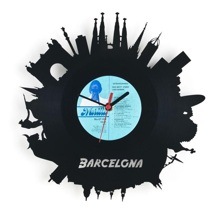 Vinyl Wall Clock #Barcelona #Merchandise #Souvenir - Perfect for all Barca Fans! :-) -- www.vintagist.com