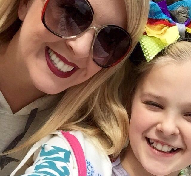 Jessalyn Siwa and Jojo Siwa