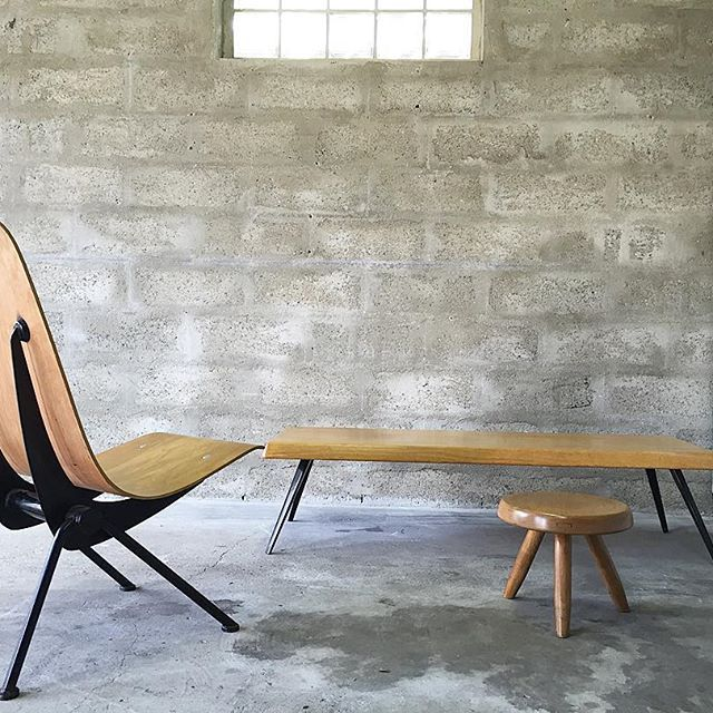 Galerie teisso jean prouv fauteuil l ger antony 1955 - Charlotte perriand table basse ...