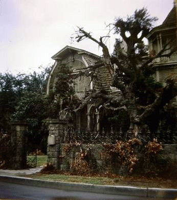 Munsters House 1313 Mocking Bird Lane :-)