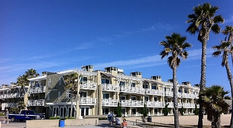 Loved this place! The Beach House Hotel in Hermosa Beach, California. A luxury oceanfront boutique hotel just 20 minutes from downtown L.A., and walking distance to shops and restaurants in Hermosa Beach.