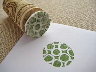 Como fazer carimbos para estampar papel e tecido sem gastar quase nada | UMA CASA IGUAL A SUA