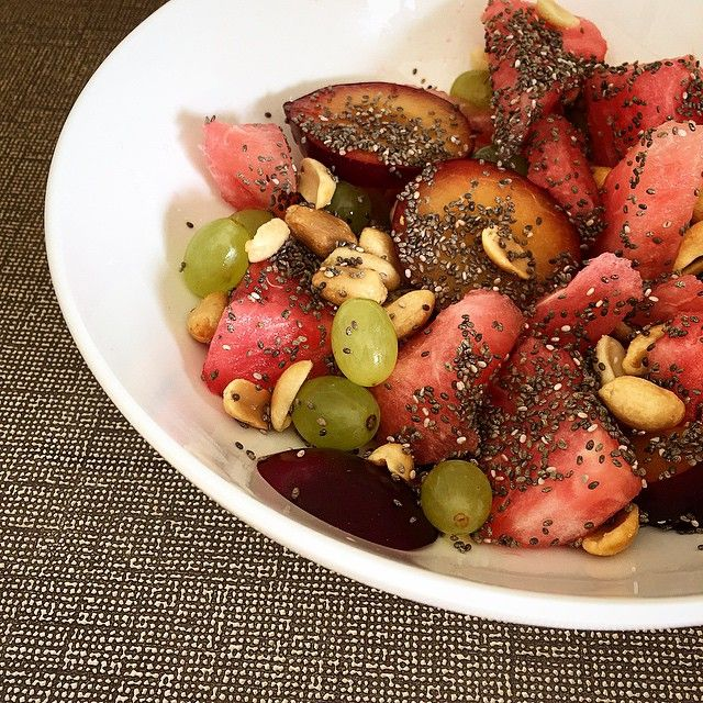 Salty Sweet Fruit salad. Grapes. Watermelon. Nectarine. Peanuts. Chia Seeds #vegan #paleo #breakfast