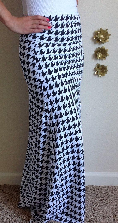 Black and white houndstooth maxi skirt, summer skirt, chevron maxi skirt, skirt, maternity skirt, long skirt on Etsy, $45.00
