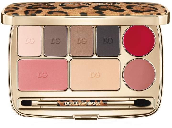Dolce Gabbana Make Up Beauty Voyage Make Up Essential Palette Affiliate Dolce And Gabbana Makeup Makeup Essentials Dolce And Gabbana
