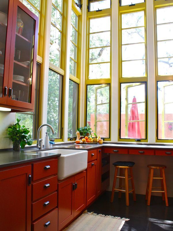 Love these windows that reach to the ceiling!