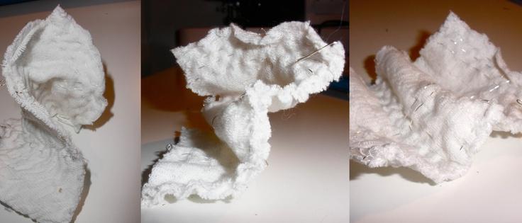 Prove tecniche tessuto. Ricamo con filo metallico d'argento. Deformabilità
