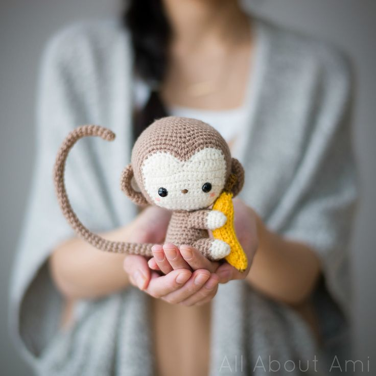 DIY: crochet monkey