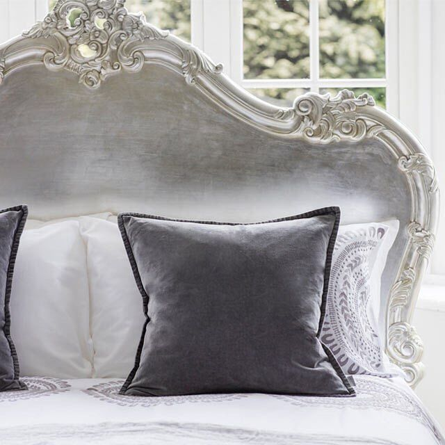 Break the rules and have your bed against your window - what a centre piece! Also makes Saturday morning reading in bed that much better with the light pouring in over your shoulder. Featuring our Sylvia Silver Serenity French Bed. #frenchbedroomcompany #silverbed #frenchbed #interiordesign #dailyinspo #morninglight #letstayinbed #breakfastinbed #saturdaymorning #letthelightin #breaktherules #designtips
