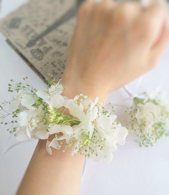 白とグリーンが爽やか♡結婚式・ウェディング・ブライダルの参考にしたいリストレットの一覧♡