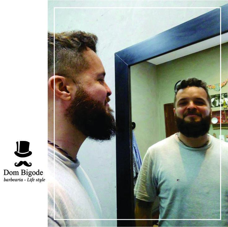 Barba de respeito e muito bom humor com o fotógrafo Rommel Nóbrega! Nosso agradecimento pelo retorno e confiança em nosso trabalho. 🎩 Antecipe a marcação do seu horário de atendimento pelo (84) 9.9911.3000 -Tim/WhatsApp.  #dombigodebarbearia #dombigodebarberhouse #dombigodebarbershop #venhaserdombigode #eusoudombigode #beardfanfab #beardglory #beardheart #beardpower #picoftheday #beardworldorder #beardsofinstagram #beardcool #beardking #beardvillains #plastimodelismo #plastimodelista…